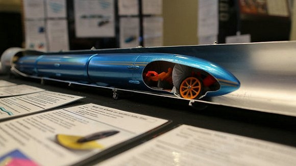 超级高铁要建在水下:时速1300km秒飞机