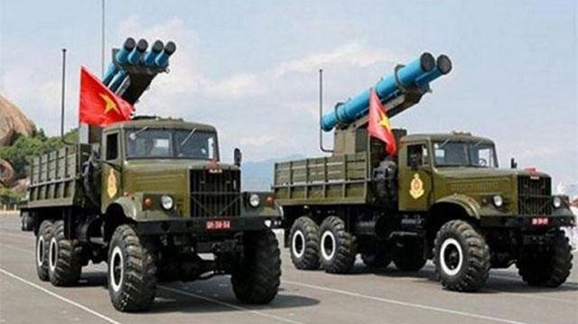 西方给越南在南海遏制中国行动点赞