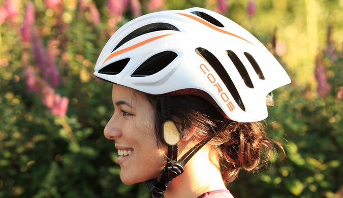 """美科技公司发明""""骨传导""""头盔 音乐安全两不误"""