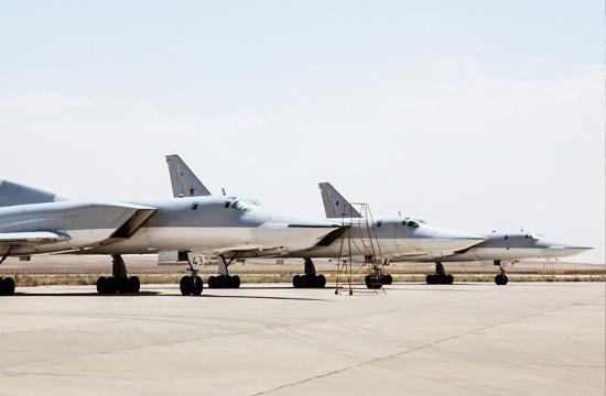 俄罗斯向伊朗派驻逆火轰炸机
