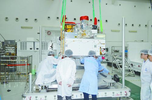"""信息安全""""终极武器""""中国发射量子卫星震动世界"""