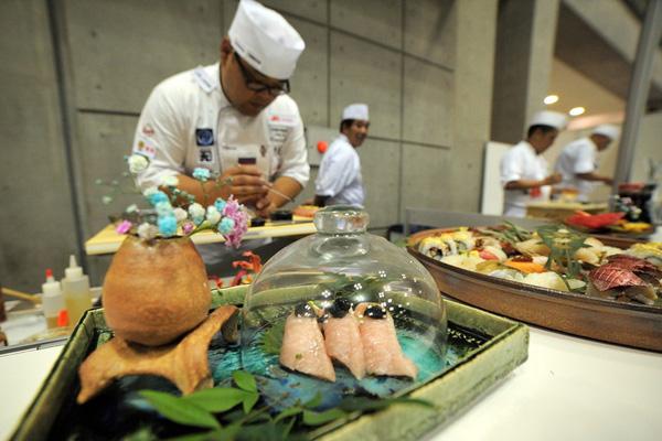 """日本举行国际寿司杯大赛 各国寿司届""""厨神""""拼厨艺"""