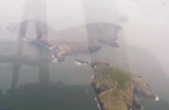 海军轰6出击日本海 飞掠某岛