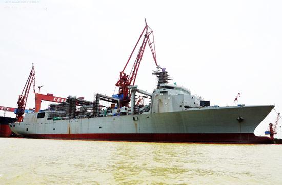 国产航母补给舰建造接近尾声