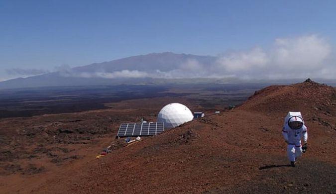 "NASA模拟火星生活实验一年 6名科学家将""出关"""