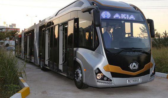 号称世界上最长的公交车 已在土耳其投入运行