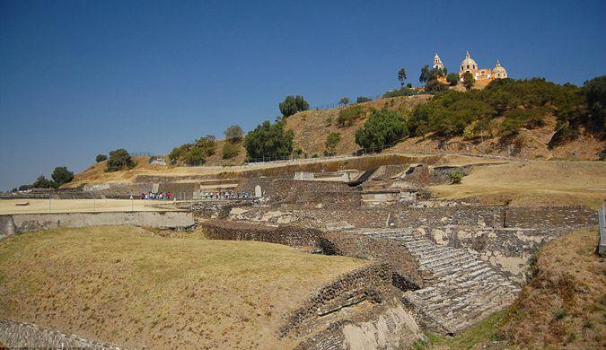 探秘全世界最大金字塔:墨西哥乔鲁拉大金字塔