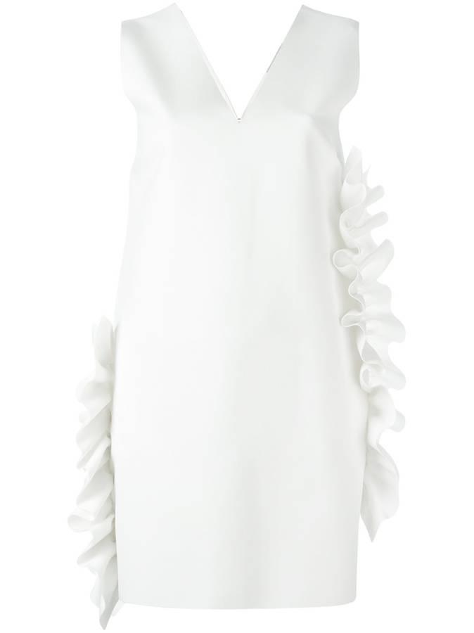 法媒教你夏日穿好小白裙 轻松打造最美女神