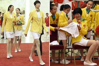 女排姑娘穿上裙子 才知道她们腿有多长