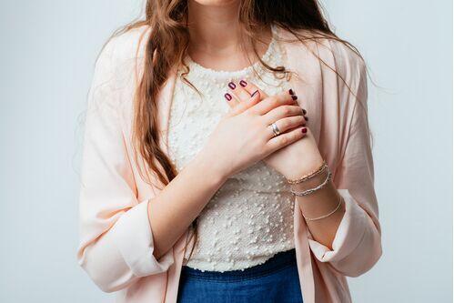 3分钟预防乳腺癌 日媒汇总3大自我检查要点