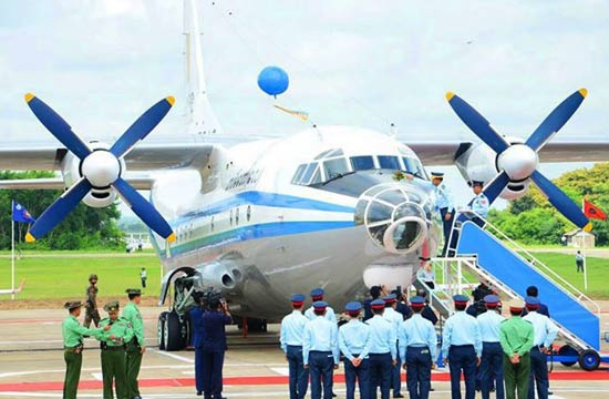 缅甸隆重接收中国造运输机