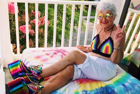惊呆!这么潮的奶奶居然88岁了!