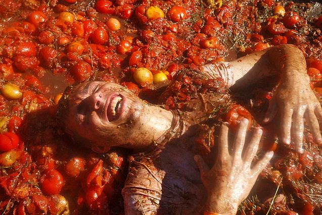 环球图片一周精选 乌克兰举行番茄大战