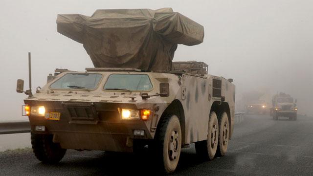 火力演练防空旅走一路打一路