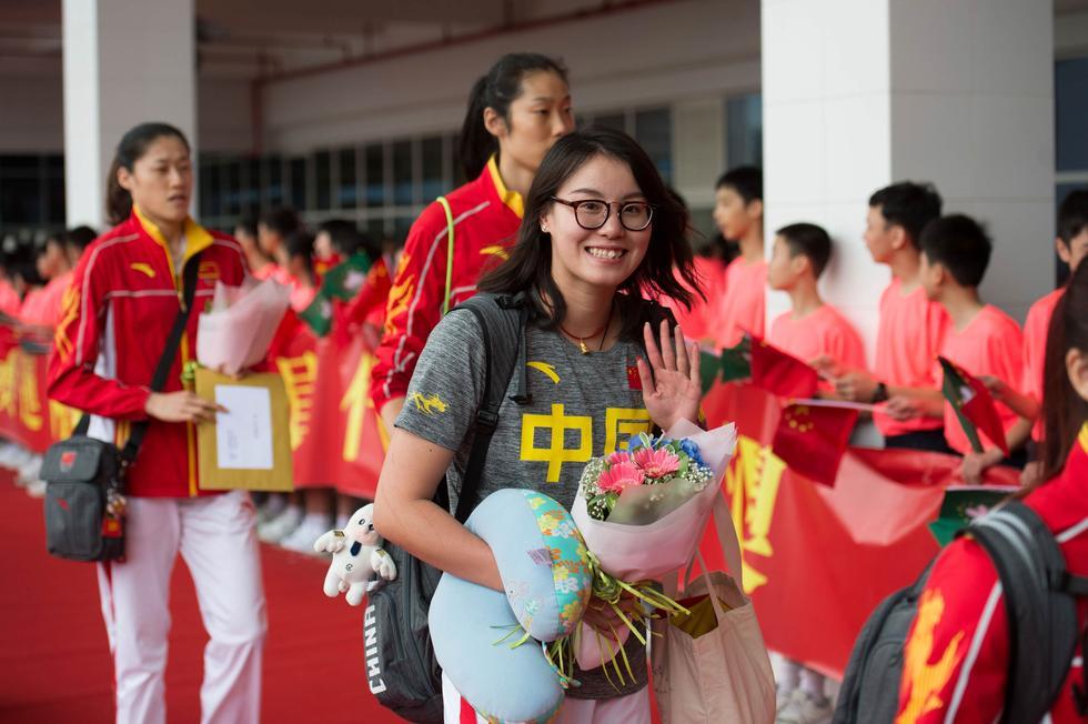 中国奥运精英代表团访澳 获赠1400万澳门元奖金