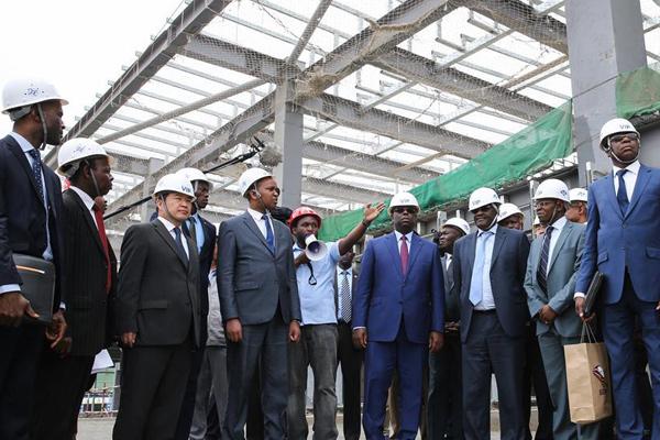 塞内加尔总统赞中国在非洲修铁路助推非洲发展
