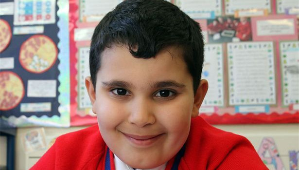 英6岁天才少儿通过中学数学考试 智商超霍金