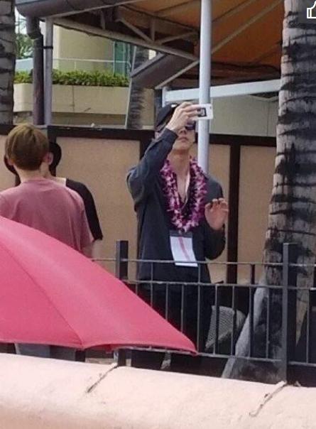 SM夏威夷度假照曝光 休假变成和粉丝的旅游