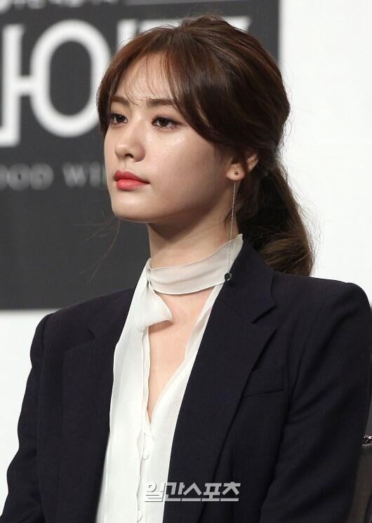 韩女星Nana接到《骗子》邀约 或与玄彬同场飙戏