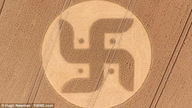 英国麦田怪圈 是纳粹记号还是印度佛教符号
