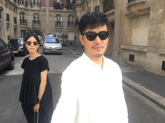 《你在哪》导演樊昊仑携景珂登陆威尼斯
