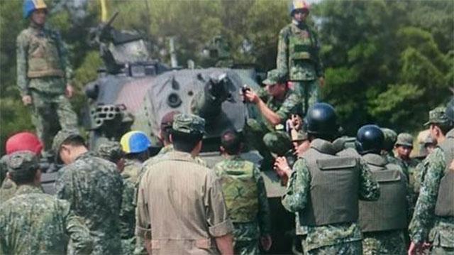 台勇虎坦克试射时炸膛一人进医院