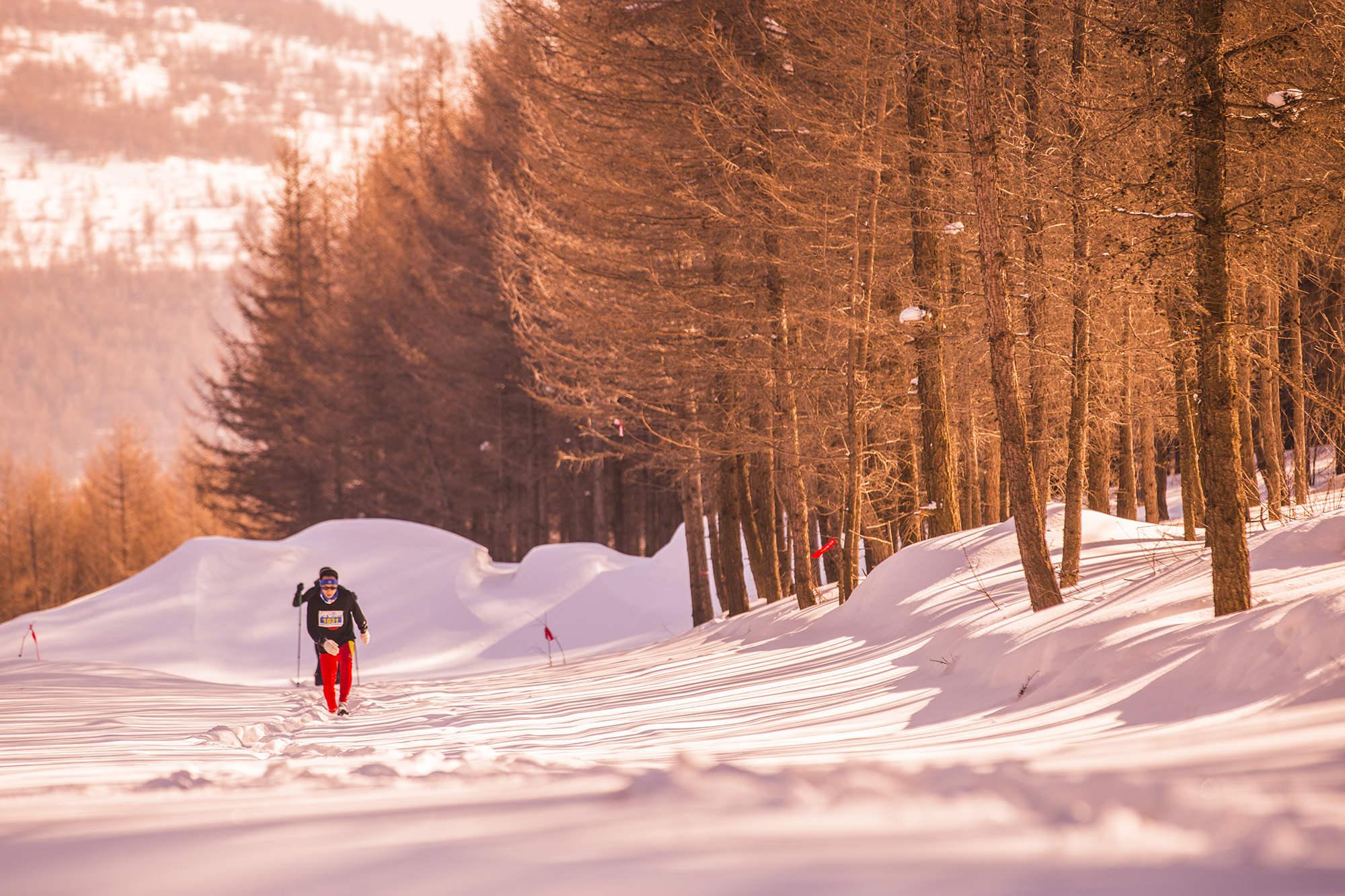 崇礼新年冰雪跑落幕 壮美雪景赛道惹人艳羡