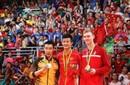 奥运冠军谌龙载誉返校 华大开学典礼上获表彰