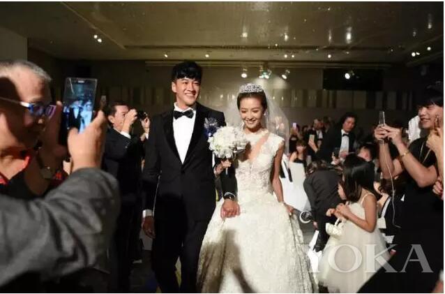 何润东夫妇甜蜜发糖 新娘熬了9年才得到你们的步惊云