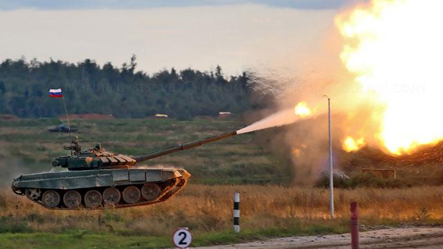 俄陆军展坦克起飞拿手绝活