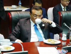 李克强总理的午餐:一个三明治,一杯咖啡
