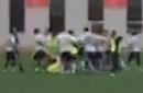 吉林业余联赛上演数十人群殴 曝有人竟带刀参战