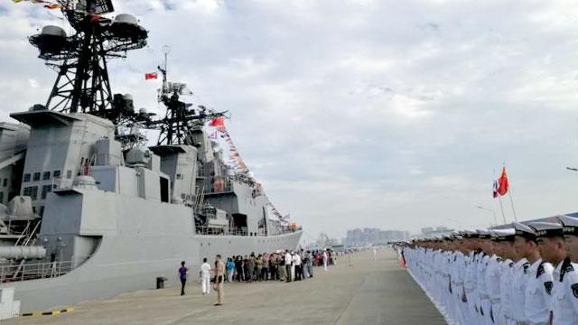 俄罗斯海军军舰抵达湛江军港