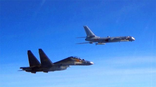 轰6K带弹前出西太平洋演习
