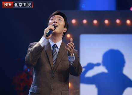 《跨界喜剧王》费玉清成首位晋级者 火力全开