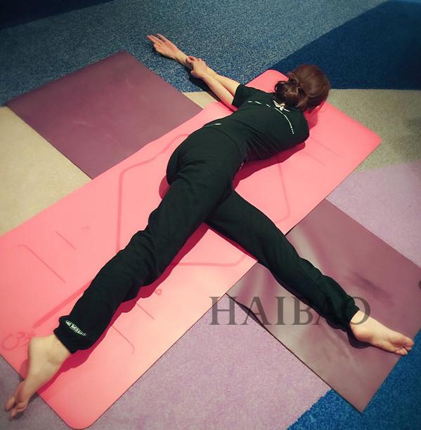 唐嫣微博展示软骨功,孙俪带儿女练瑜伽,明星原来都那么拼,不瘦才怪!