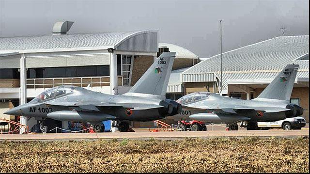赞比亚购L15南非防务展出风头