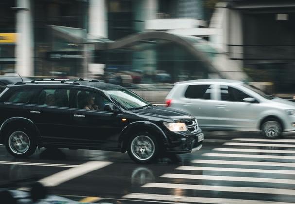 向隽:专车金融是汽车金融的创新