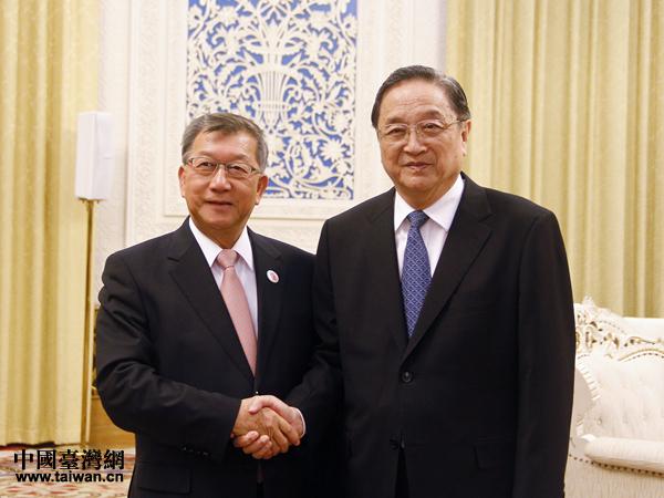俞正声会见台湾县市长参访团 再次强调九二共识