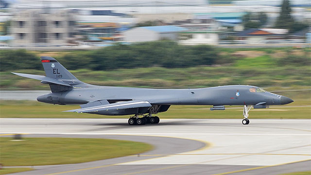 美B1B进驻韩国 对朝武力示威
