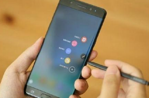 《福布斯》:电池问题将加速三星中国市场地位下滑