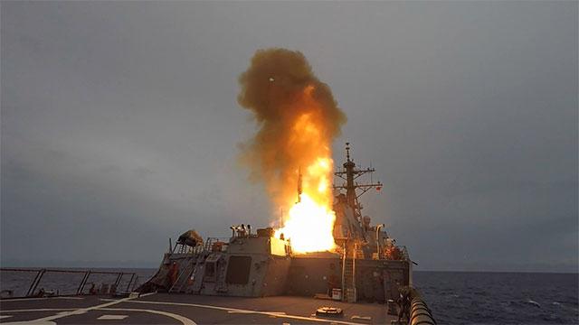 美国海军在菲展开海上演习