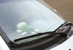 老司机也不一定清楚 车窗玻璃该如何快速除雾