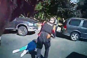 美夏洛特非裔男子遭警察射杀录像曝光