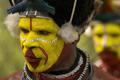土著部落装扮不输秀场