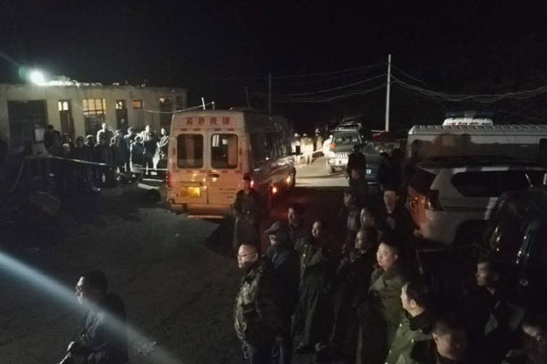 宁夏煤矿爆炸19人遇难 百人连夜救援