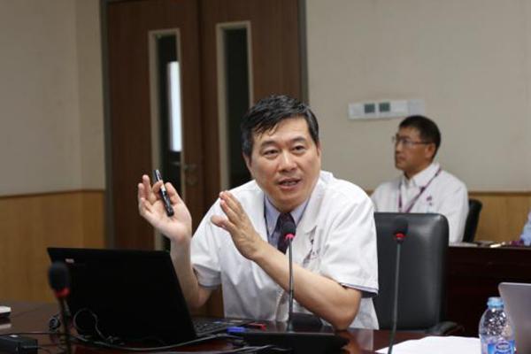 北京清华长庚医院创世界首例体外肝切除包虫病术