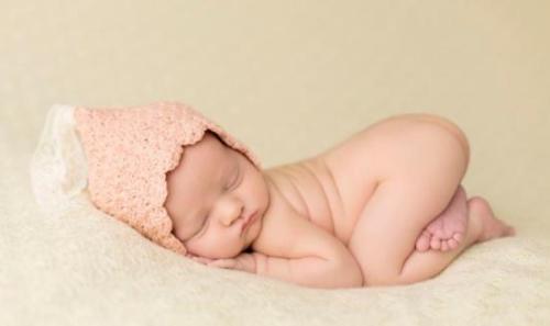 """英媒:世界首名""""3人共同生育""""婴儿诞生 开启新时代"""