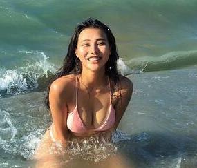 台湾妹变泳装女神 晒健身照秀极品身材