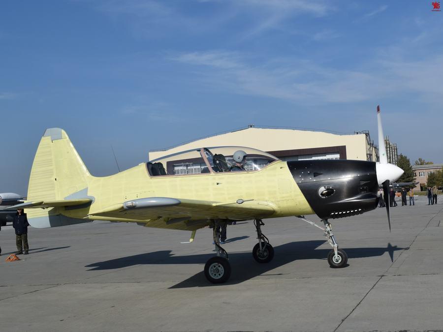 伊尔库特公司雅克列夫设计局自从2004年起一直致力于雅克-152的设计(与中国的洪都航空工业集团合作),洪都航空工业集团被认为已建成6架原型,称为初教-7。首架原型机在2010年11月的珠海航展上亮相,尽管雅克-152/初教-7首飞并没有得到证实。